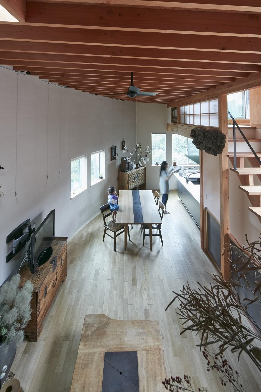リビングダイニング (きいちゃんち~狭小地を有効に活用した2世帯住宅)