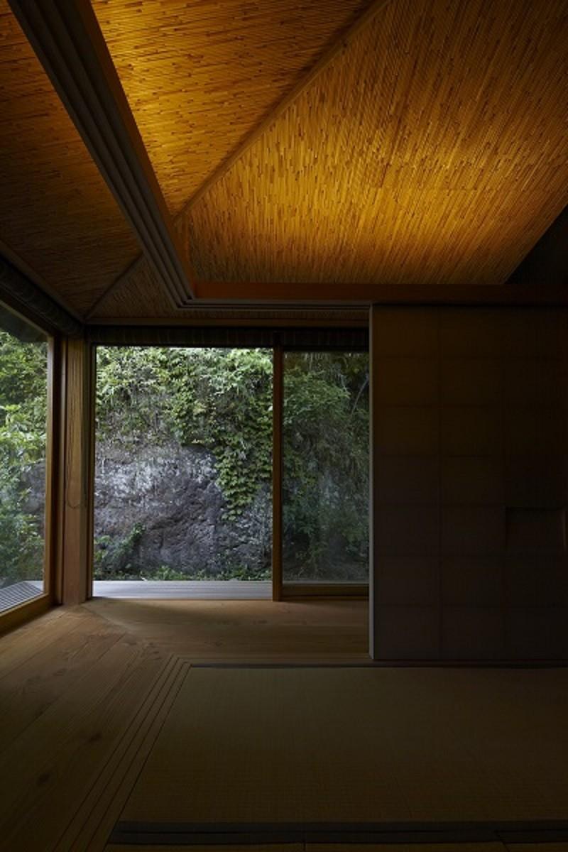 北鎌倉の家~伝統美と遊び心が融合する家 (茶室)