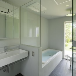 扇垂木の家 (洗面・浴室)