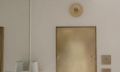 真鍮で作った洗面所の収納|House I/マンションリノベーション