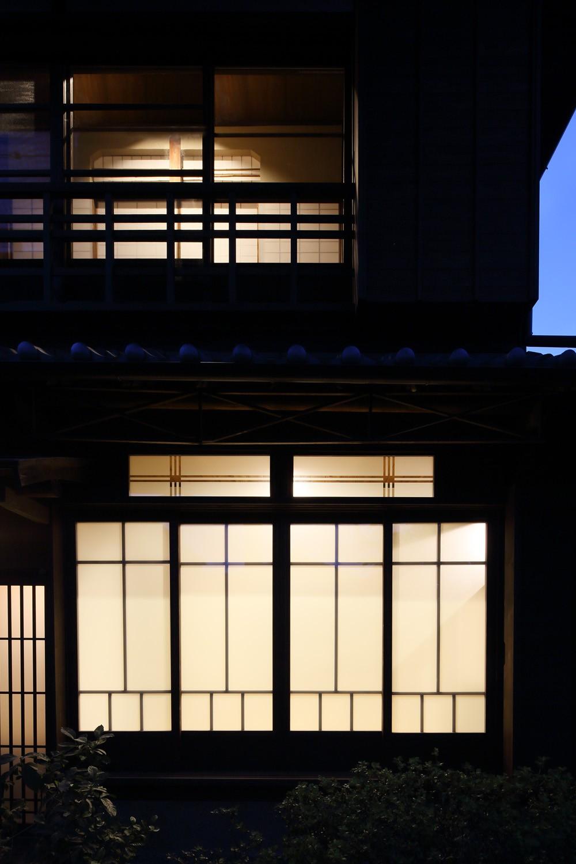 嵯峨野の離れ (外観夕景)