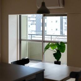 キッチンより (武蔵小山の家 「pique-nique house」)