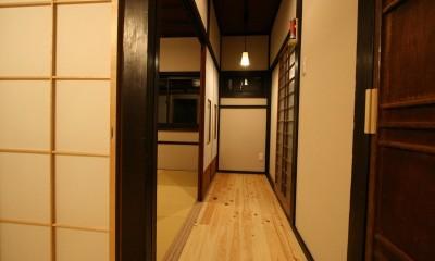 娘様夫婦がご両親と同居するための家 (部屋に取り込める廊下)