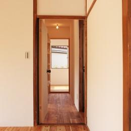 柏の家1(カフェのある家)について (廊下)