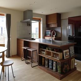 終の棲家~趣味を楽しみながら暮らす趣のある家~ (キッチン1)