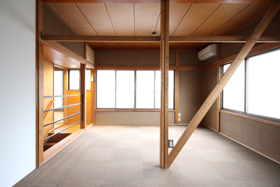 house o/m (house o/m 居室)