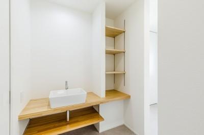 洗面脱衣室 (グリーンと暮らすライフスタイル ~長久手市の家~)