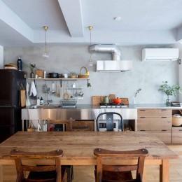 江戸川の家1(ノームコアな家) (ダイニングキッチン)