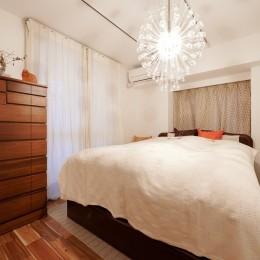 ワッフルスラブの家 (寝室)