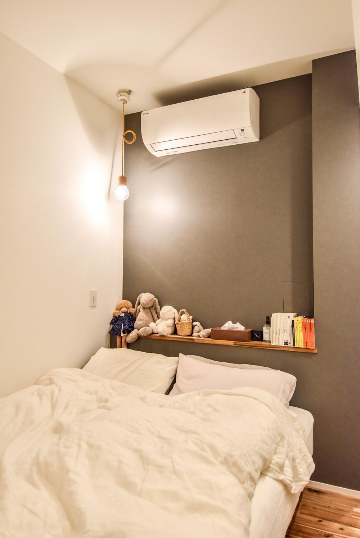 デザイナーの住まい (ベッドルーム)