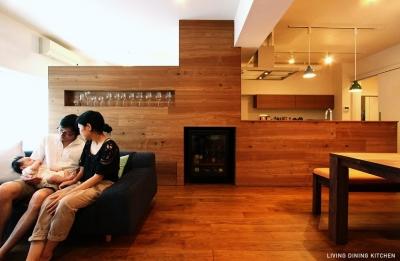 ワイン食堂 (LIVING DINING KITCHEN2)