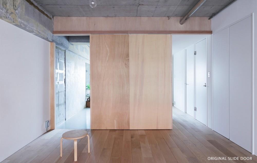 間取りの概念を超えた家 (オリジナルスライドドア)