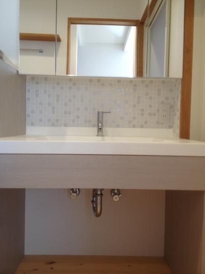 デザインリフォームで耐震補強の部屋 オリジナル洗面化粧台
