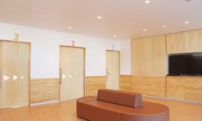 松戸の診療所(無垢な診療所) (診療室)