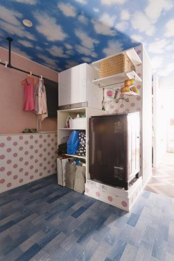 うんていにハンモックに隠し扉まで⁉           遊び心満載の毎日が楽しい家 (広い。使いやすい。オープンスペースの洗濯室)