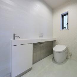 トイレ (サロンのようなエレガントな住まいを実現)