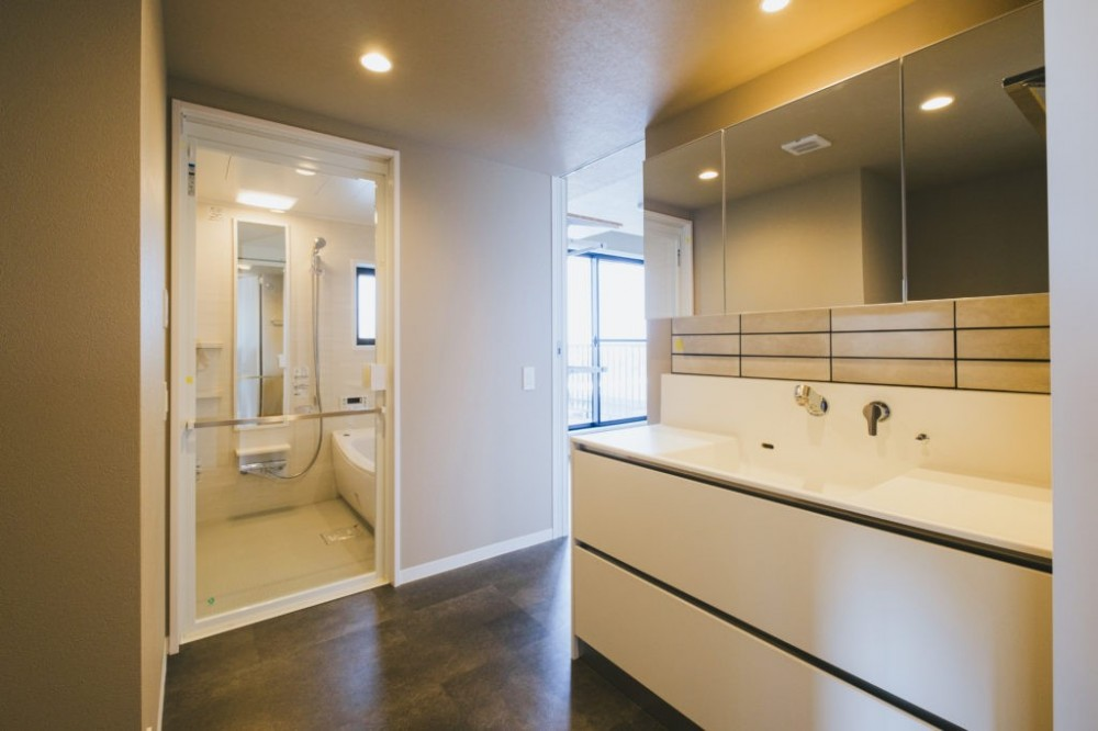 快適動線リノベーション (洗面室・浴室)