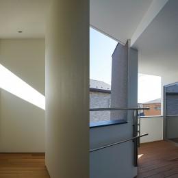 明石の家 (2F廊下、バルコニー)