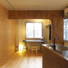 神田賃貸マンションリノベ-キッチンのあるメインルーム