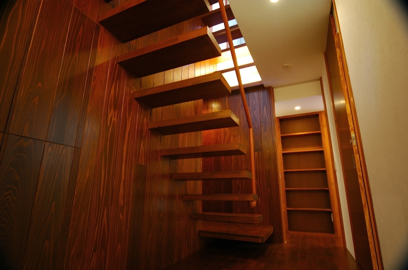 H-Houseの部屋 階段