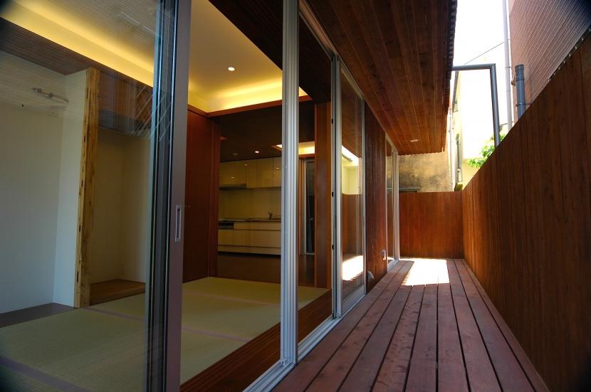 H-Houseの写真 和室+テラス