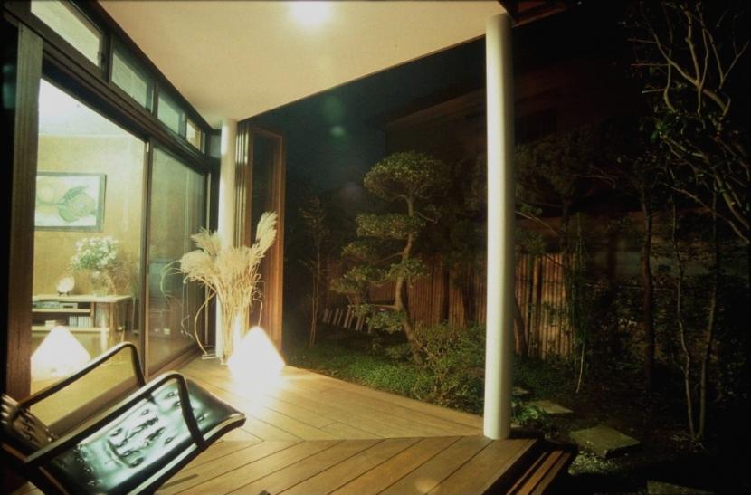 建築家:宇野健一「マルチテラスのある家(リフォーム)」