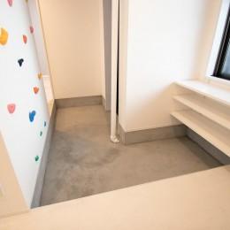 廊下を中心にぐるぐるとした回遊性のある間取り