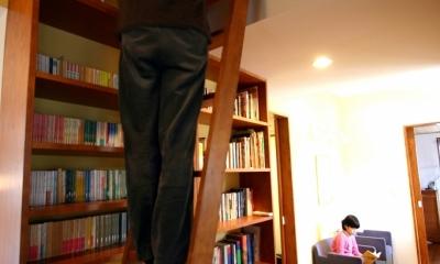 本のギャラリーのある湘南の家 (ギャラリー2)