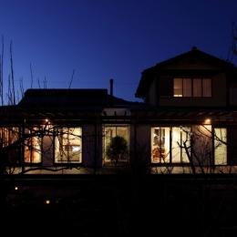 夜景 (家族と犬がのびのび暮らすパッシブソーラのエコリフォーム)