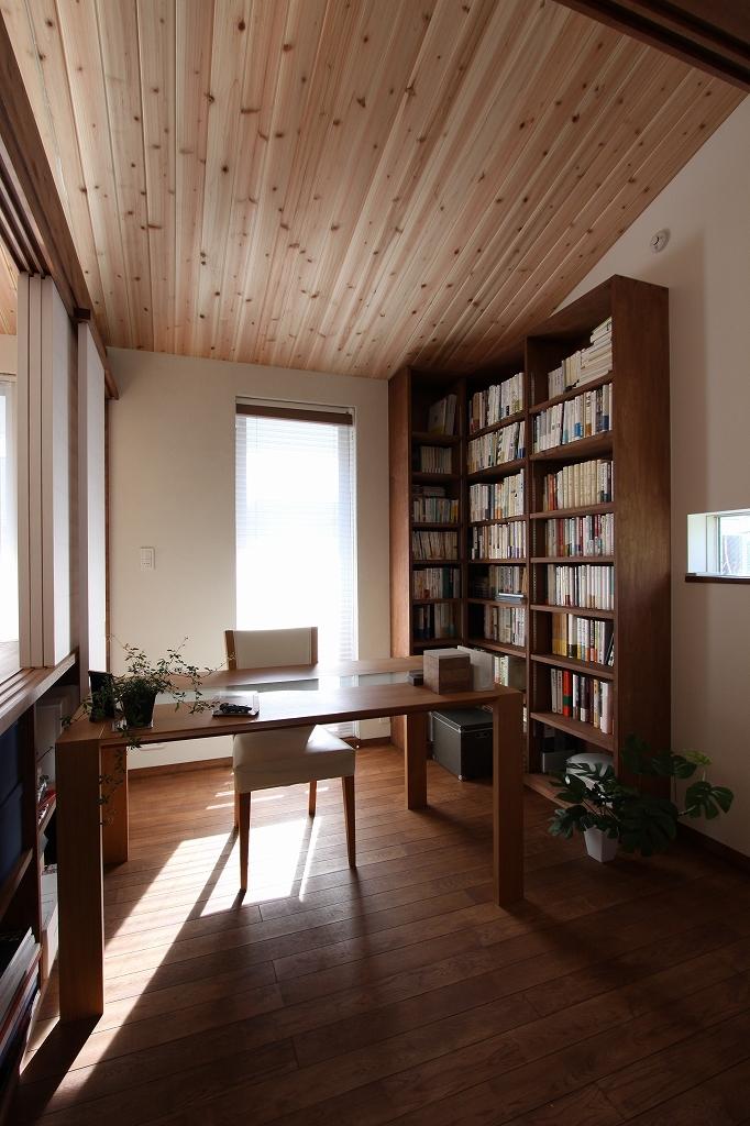 ピアノと暮らす家の部屋 書斎