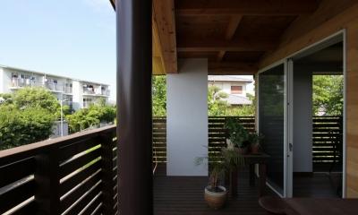 回廊バルコニーで緑と接する2世帯住宅 (回廊バルコニー3)
