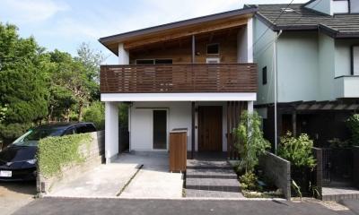 回廊バルコニーで緑と接する2世帯住宅 (外観(親世帯)2)