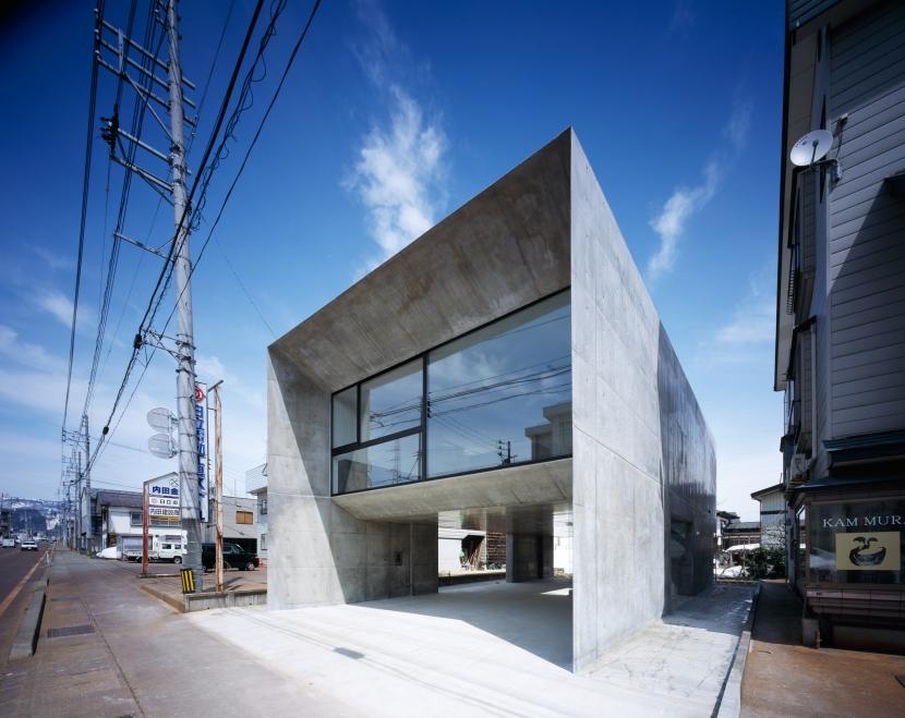 建築家:黒崎敏「CADRE」