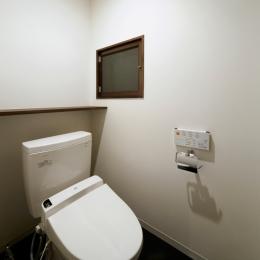 トイレ (BASE)