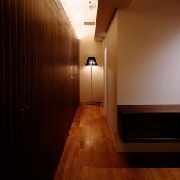 Ebenum (廊下)