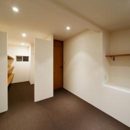 子供部屋 (nest 直線で構成されたパノラミックな一戸建リノベ)