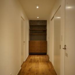 FLOUR (廊下)