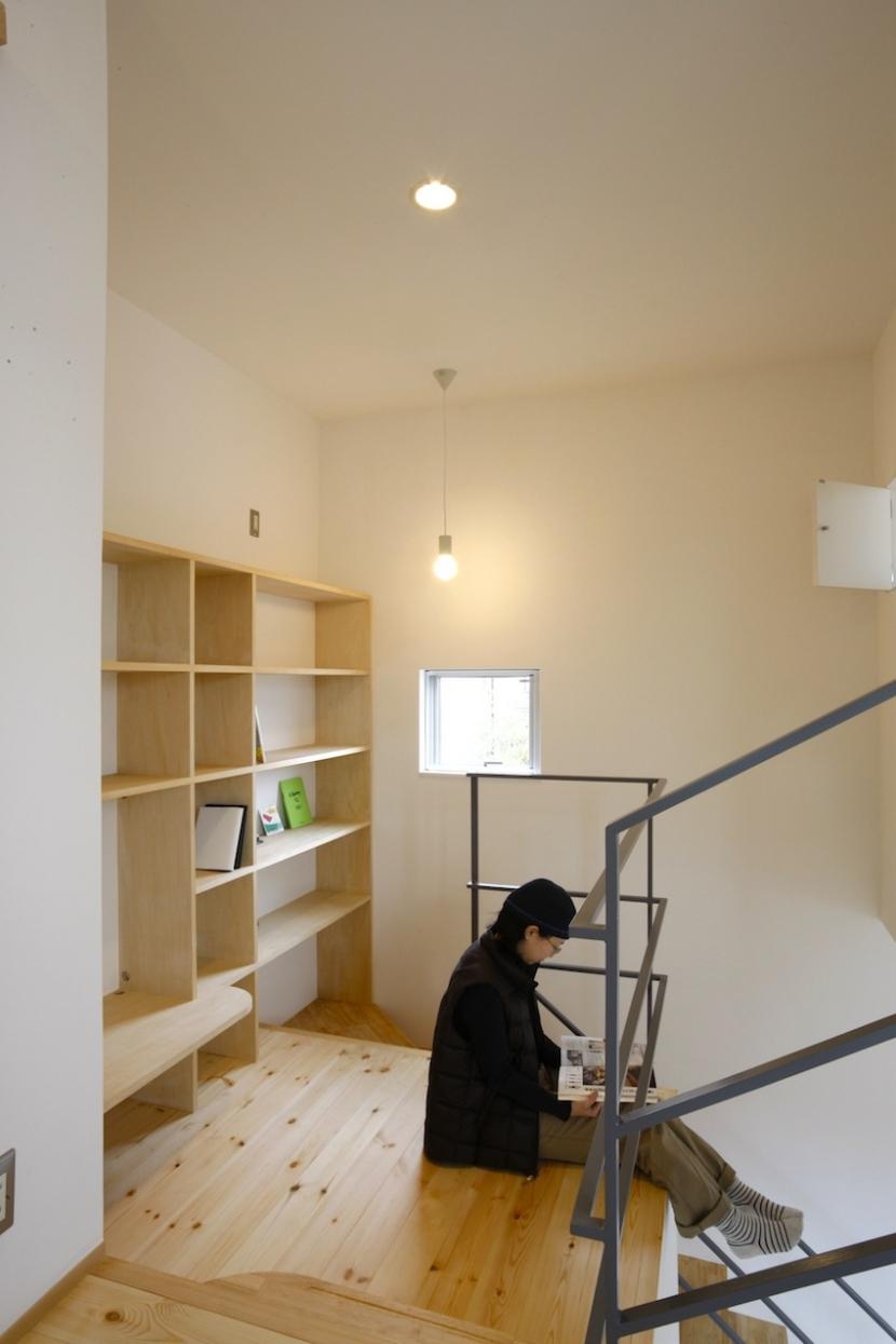 ラップハウスの部屋 階段踊り場は書斎に