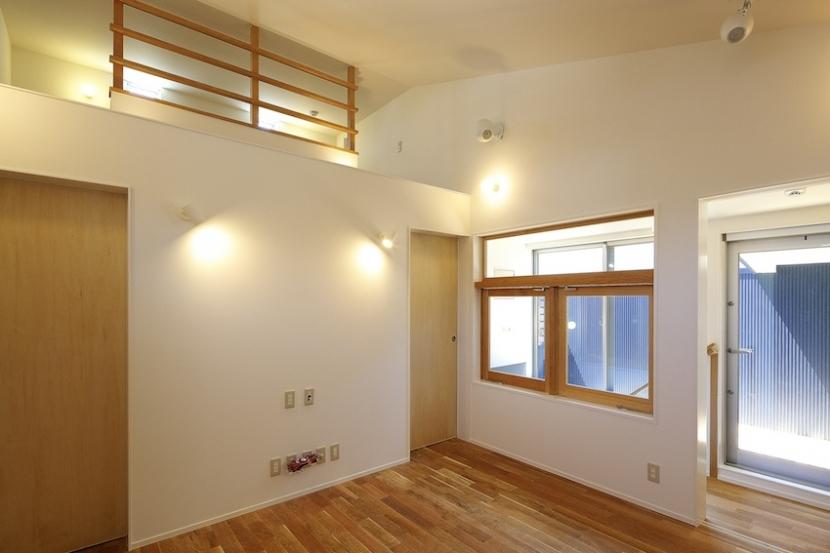 双子とピアニストの家の部屋 オリジナルの木製建具