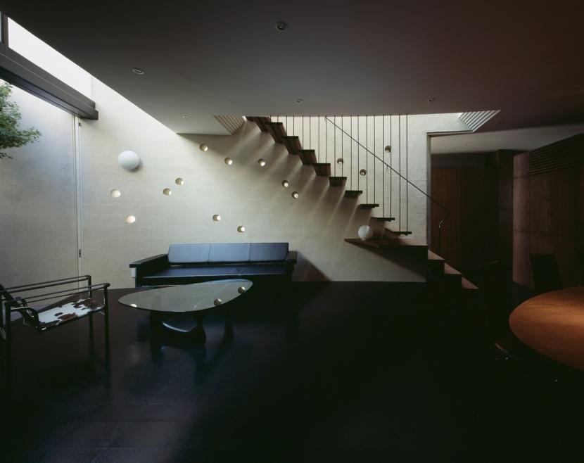 大井の家の部屋 リビングルーム2