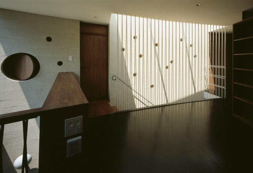 大井の家の部屋 階段上部