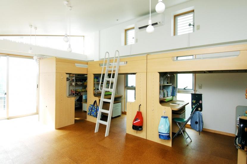 建築家:小島建一「浅草の家―2階にある庭」