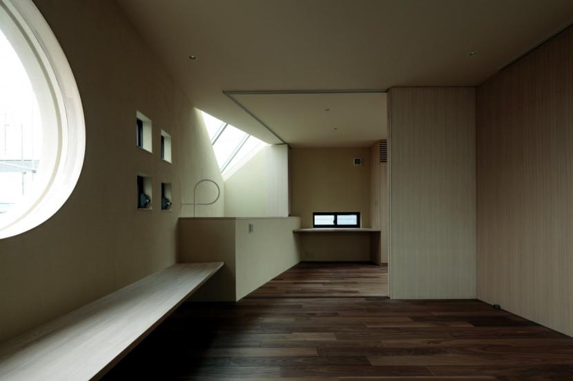 南青山Mの部屋 001