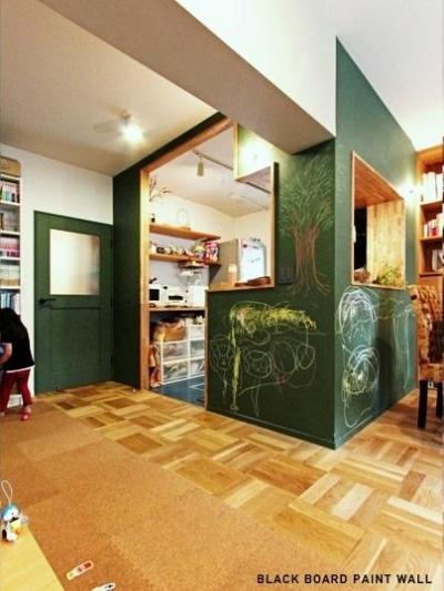 キッチン壁:黒板塗装 (No.8)