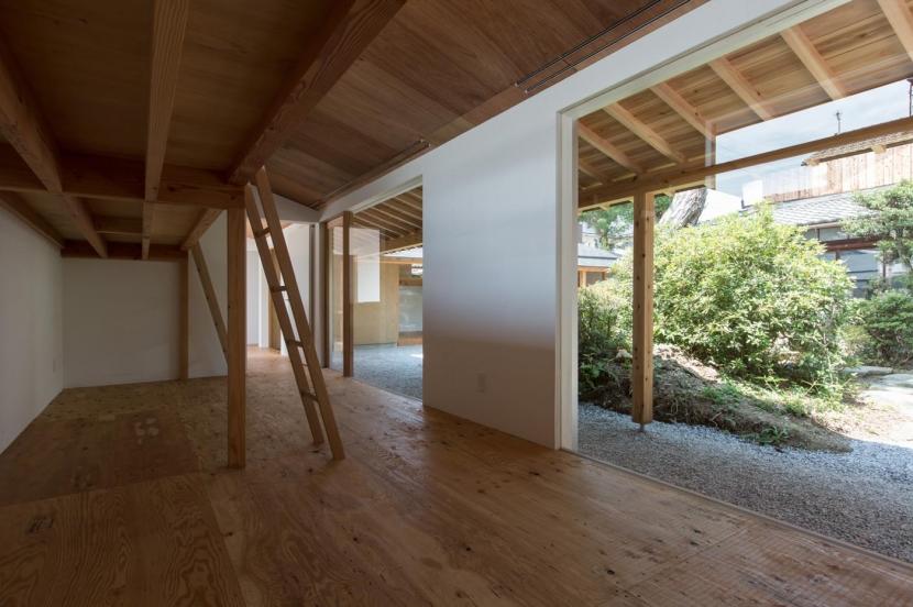 ゲストハウス無我/GUEST HOUSE MUGA (寝室)