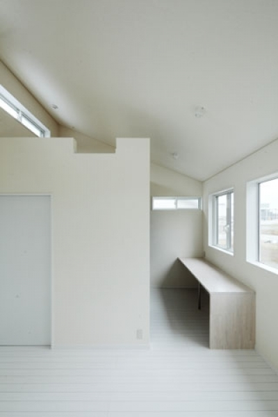寝室2 (しろくてしかくい家)