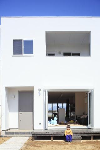 しろくてしかくい家の写真 外観2