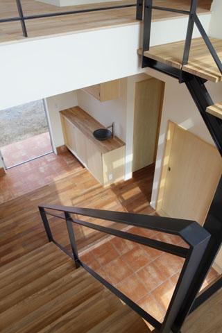 晴耕雨読の家の部屋 階段1