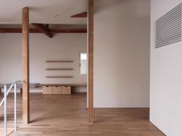 神奈川の家 (ダイニングからリビング方向)