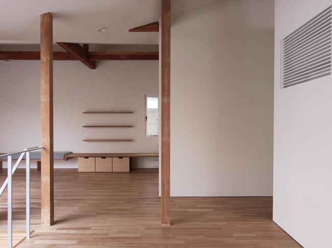 神奈川の家の部屋 ダイニングからリビング方向